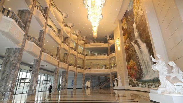 朝鲜首都平壤的东平壤大剧院