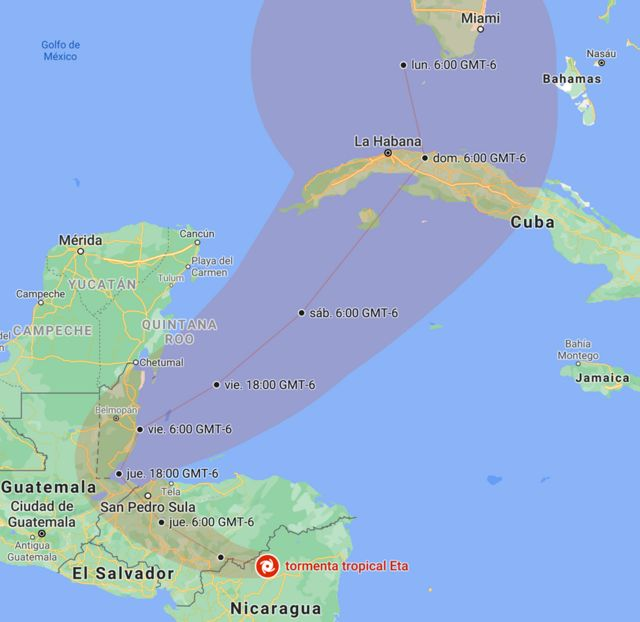 Posición y trayectoria de Eta prevista por el NHC, actualizado a las 10:33 CST (GMT-6) del miércoles, 4 de noviembre.