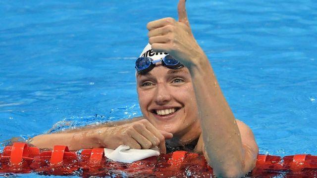 Katinka Hosszu celebra su triunfo en la final de los 400 metros combinados de Río 2016.