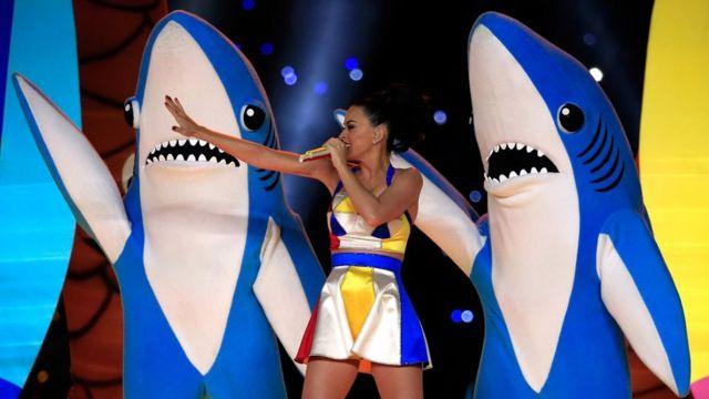 凱蒂·佩裏和鯊魚