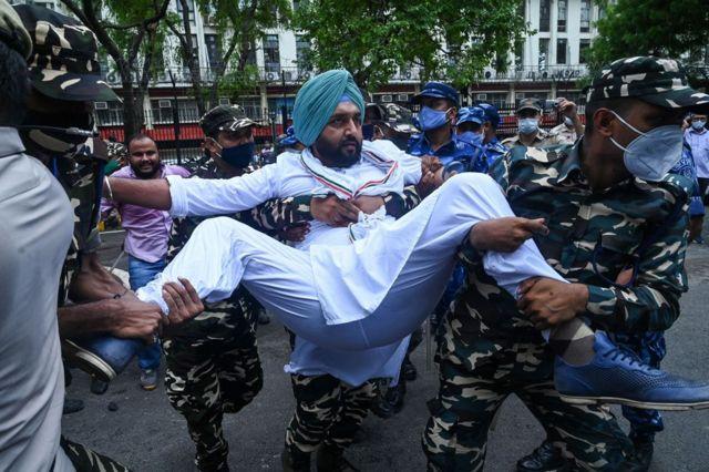 احتجاج ضد الحكومة
