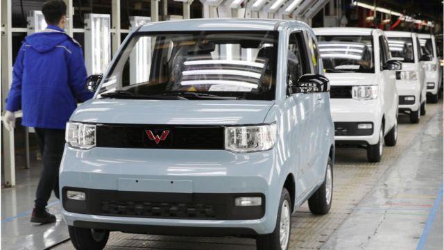 Hong Guang Mini EV fabrikası