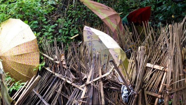 клети из бамбука