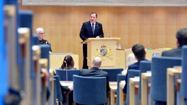 Stefan Lofven, premiê sueco, fala no Parlamento