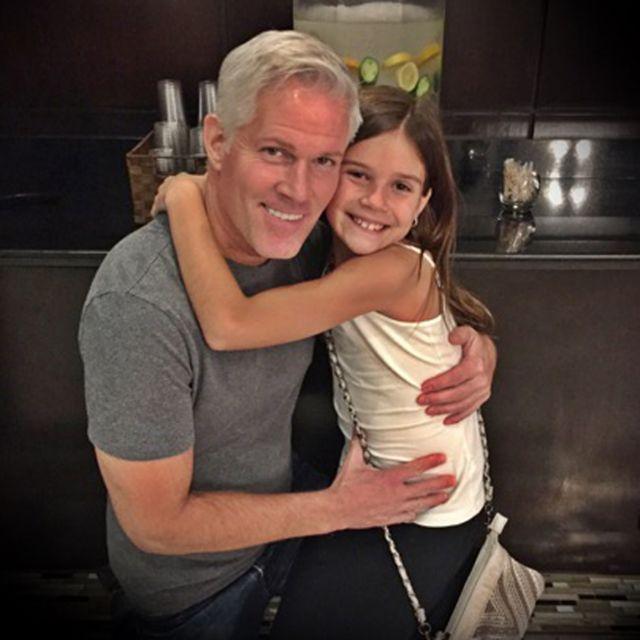 Пол с дочкой Эммой