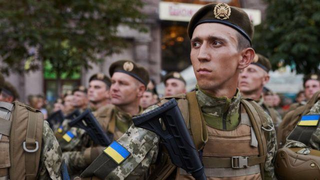 подготовка в параду, Киев