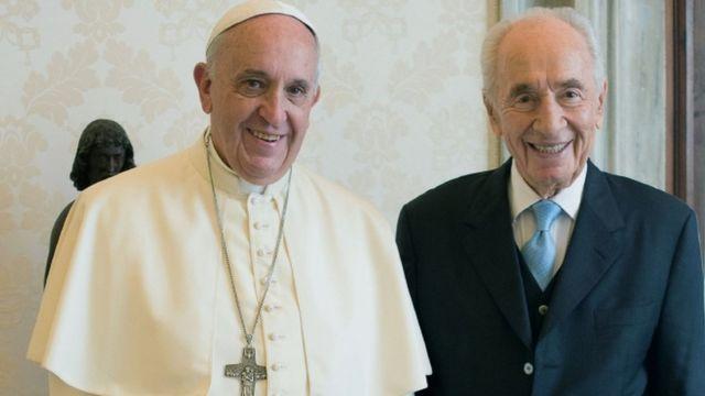 पोप फ्रांसिस के साथ शिमोन पेरेज