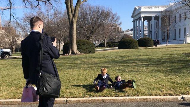 Son günlerde Beyaz Saray'ın giden personeli rahatlamış görünüyor