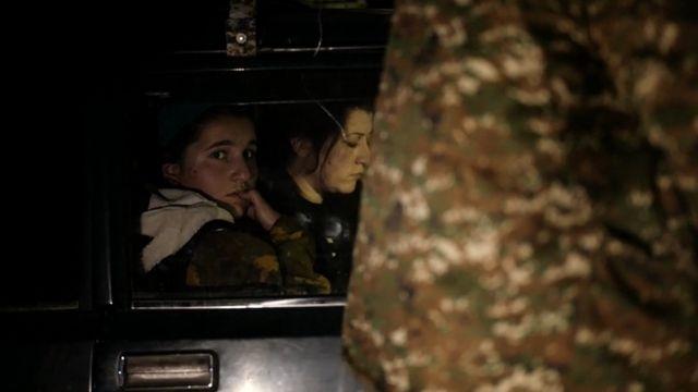 На дороге в Армению. Исход армян из Кельбаджарского района