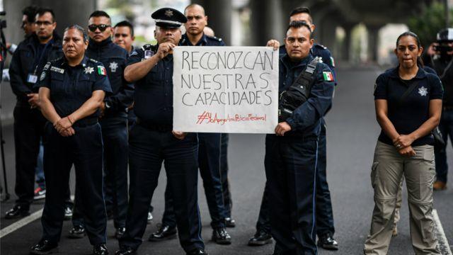 Protesta de policías México