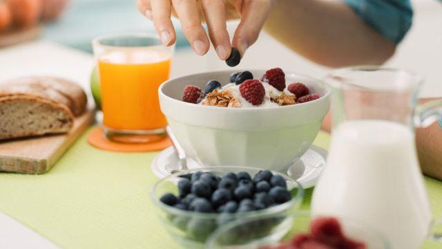 Desayuno con arándanos
