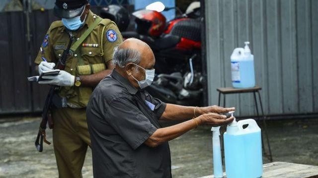 கொரோனா அச்சுறுத்தலுக்கு மத்தியில் தேர்தல்