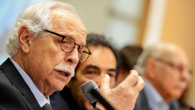 O advogado Modesto Carvalhosa, um senhor de 89 anos branco, grisalho e de óculos