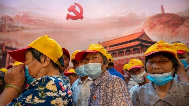 """Los turistas han abarrotado los lugares de """"turismo rojo"""", como el Memorial del Primer Congreso Nacional del Partido Comunista de China en Shanghái."""
