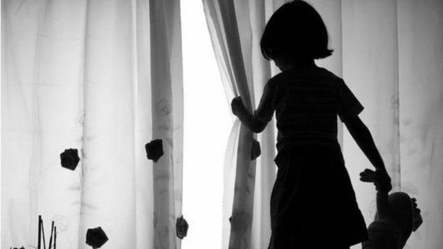 இந்தியா: பாலியல் வல்லுறவுக்குள்ளான 10 வயது சிறுமி 'தாயானார்'