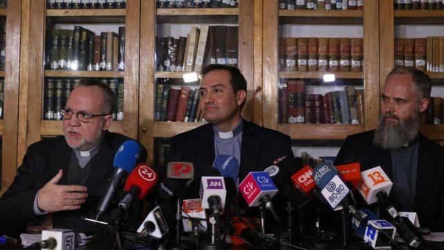 Francisco Astaburuaga, Eugenio de la Fuente y Alejandro Vial.