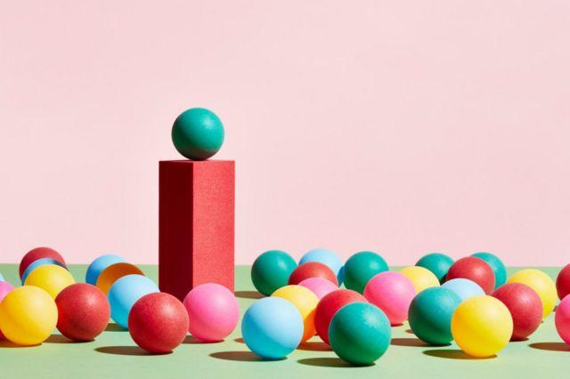 Balles colorées 8 conseils d'un expert qui vous aideront à oser changer de carrière (et comment votre âge l'influence) -  116489862 zx - 8 conseils d'un expert qui vous aideront à oser changer de carrière (et comment votre âge l'influence)