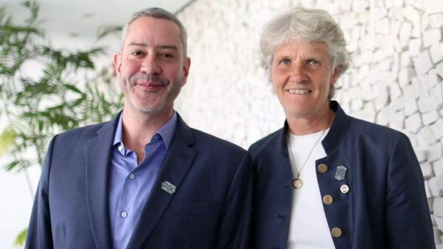 Pia Sundhage com o presidente da CBF, Rogério Caboclo