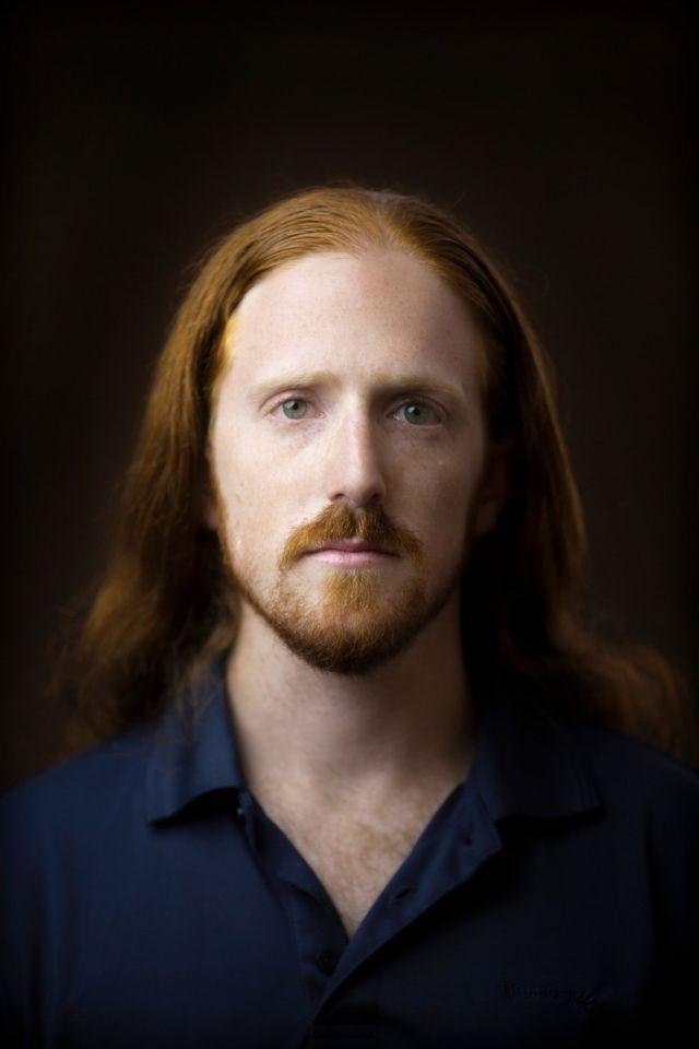 мужчина с рыжими волосами