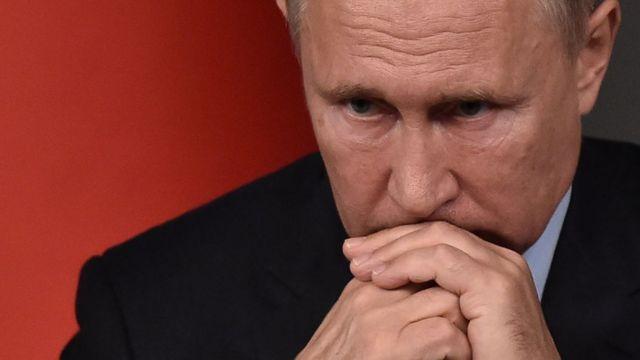 """""""Ціна вторгнення в Україну буде високою"""" - голова Мі-6 про попередження Путіну"""