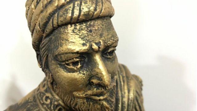 शिवाजी की मूर्ती