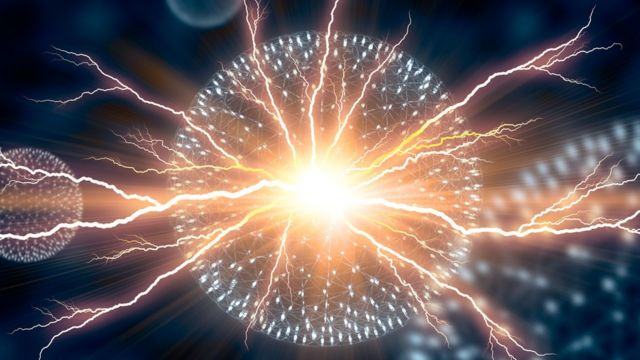 Электрический разряд в атоме