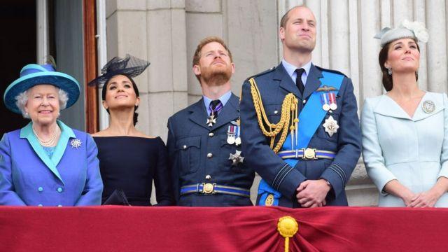 на балконе Букингемского дворца