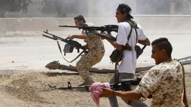 Libya crisis: UN-backed government 'retakes' key town of Gharyan