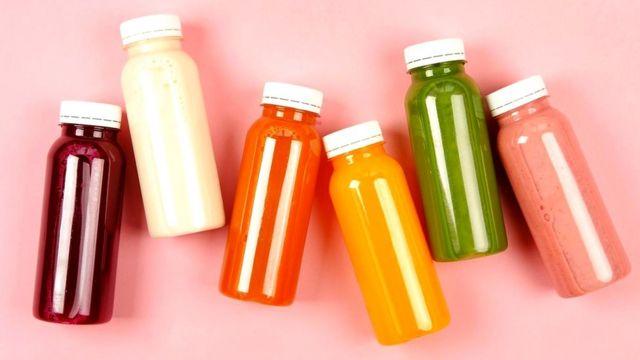 Переработка в блендере плода целиком может быть полезней для вашего здоровья, чем выжимка сока, лишенного косточек и кожуры