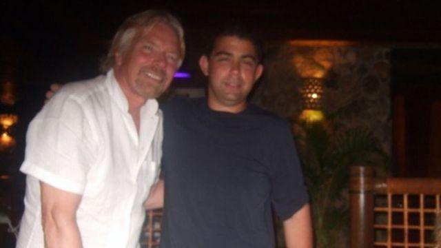 Andrew Michael y Richard Branson.