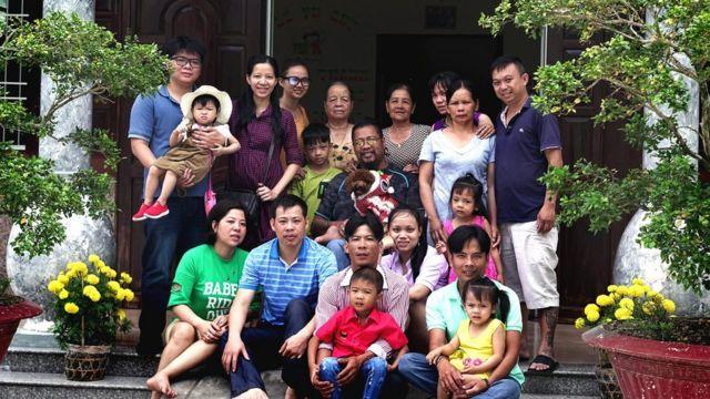 A família de Nguyen Quoc Tuy no Vietnã