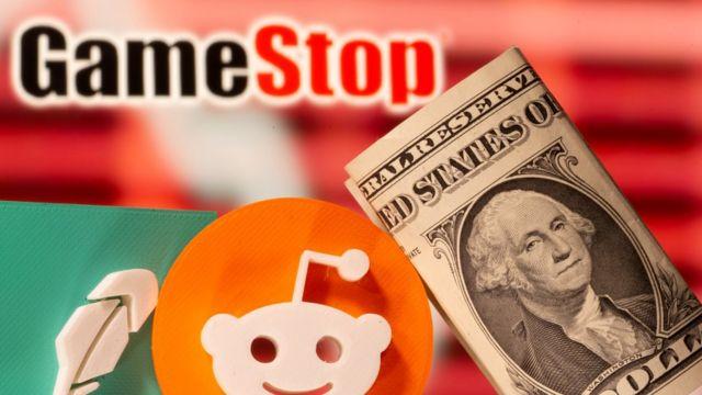 Montaje con los logos de GameStop y Reddit y dólares