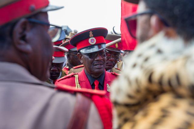 Umuyobozi mukuru w'aba Herero, Vekuii Rukoro