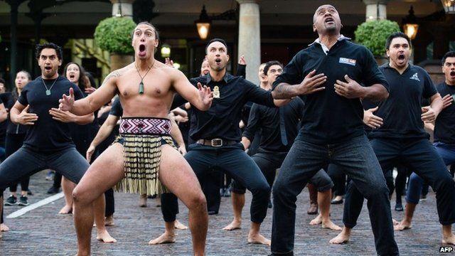 The late Jonah Lomu and the Ngati Ranana London Maori Club perform a haka