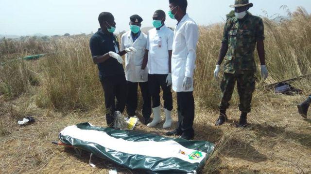 Nigerian army don find di bodi of di retired Army General Idris Alkali wey bin miss