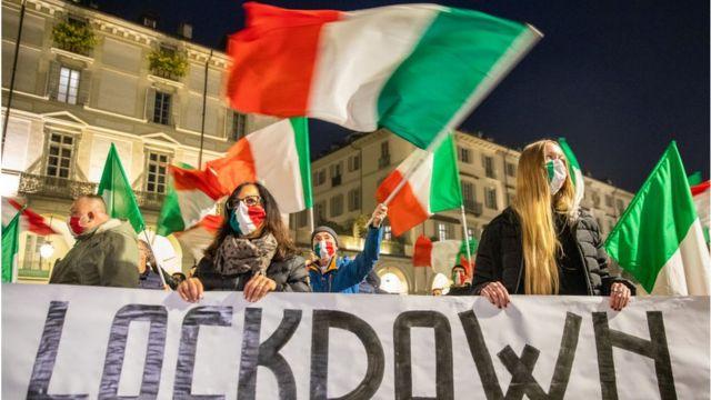 Недовольных намного больше, чем весной. Ноябрьский протест в Риме