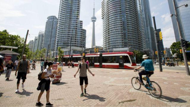 Calle en Toronto