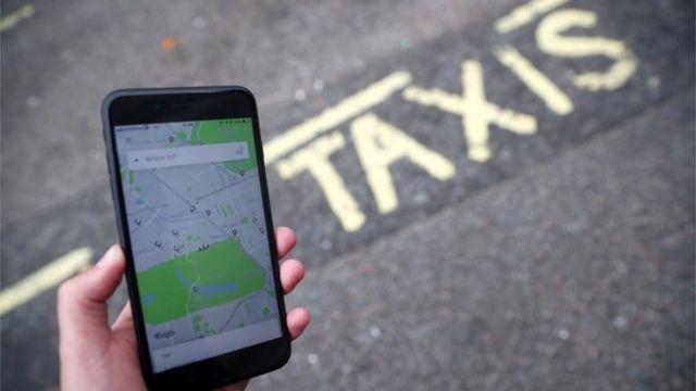 App de Uber en un teléfono celular.