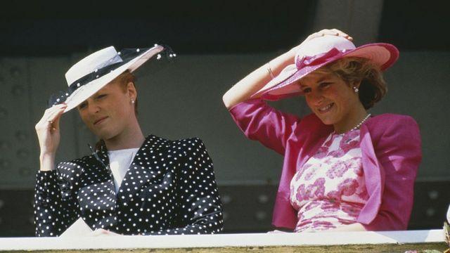 Принцесса Диана и герцогиня Йоркская на скачках.