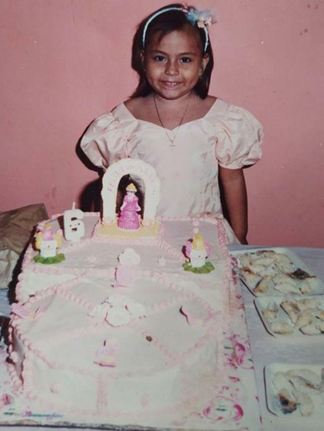 Paola Guzmán a los 6 años