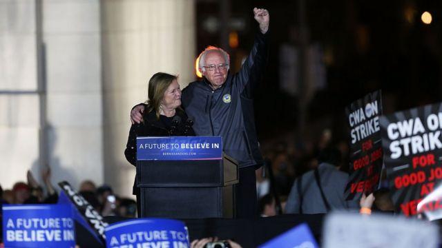 US election: Bernie Sanders draws thousands to NYC rally