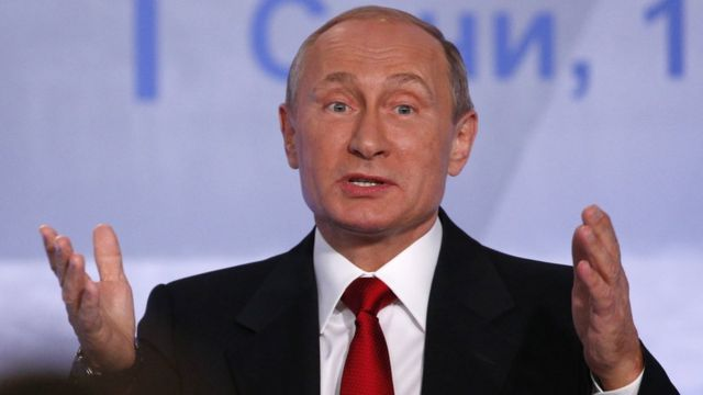 Islamic State: Putin says Assad 'could work with rebels against IS'