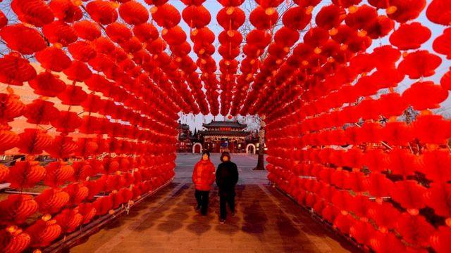 Во время китайского Нового года одиноким людям особенно сильно хочется найти себе спутника жизни