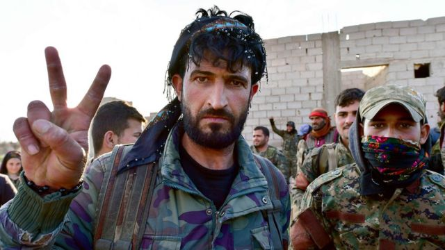 US-backed Syrian fighters 'overrun IS encampment'