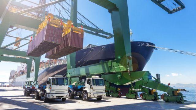 Terminal portuário de cargas no Rio de Janeiro