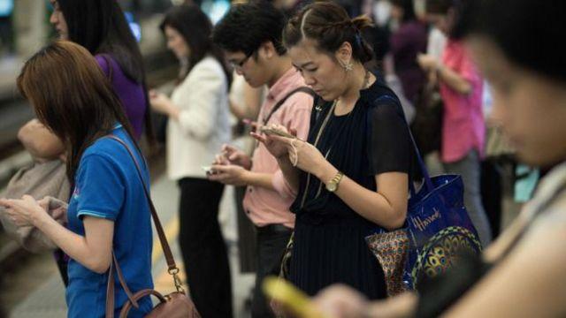 สื่อออนไลน์เป็นช่องทางในการรับข่าวสารยอดนิยมของคนไทย