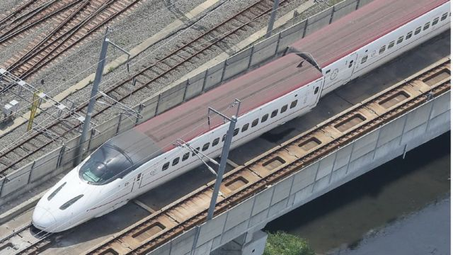 乗客を乗せていなかった九州新幹線の回送列車が脱線した