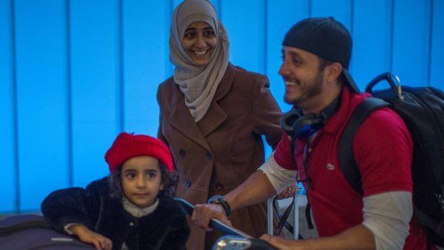 مسافرون يمنيون كانوا عالقين في جيبوتي بسبب الحظر