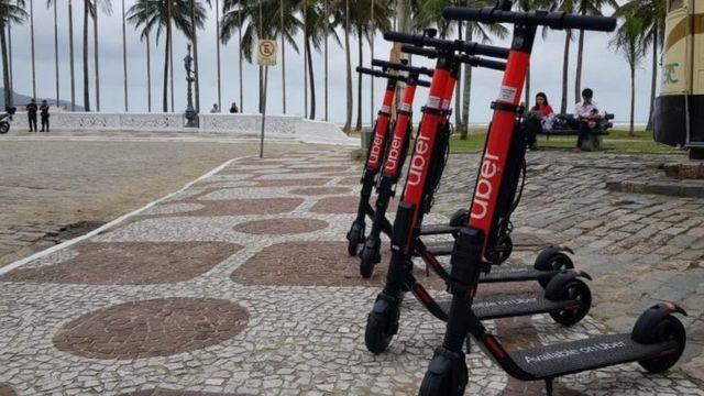 Patinetes da Uber em Santos