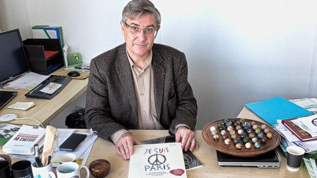 Guillaume Denoix de Saint Marc, le président de l'Association française des victimes du terrorisme, est pour la construction d'un mémorial dédié aux victimes des attentats de Paris et Saint-Denis.